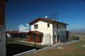 Сградата е напълно завършена. Изградена е ограда около имота. Обект: Изи Лайф - Лозен І