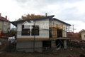 Полага се фасадната термоизолация. Монтират се декоративните дървени обшивки. Обект: Лозен ІІ